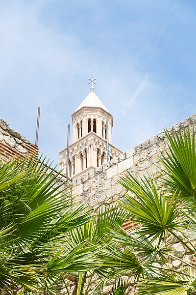 Split, Croatia - All seasons 9 days tour to discover Bosnia and visit Croatian Dalmatia from Korcula. Private tour by car from Monterrasol Travel.