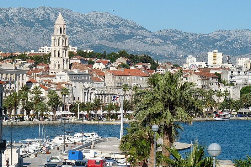 Split, Croatia - All seasons 12 days exploring Croatia + Bosnia tour from Zagreb to Dubrovnik. Monterrasol Travel car private tour.