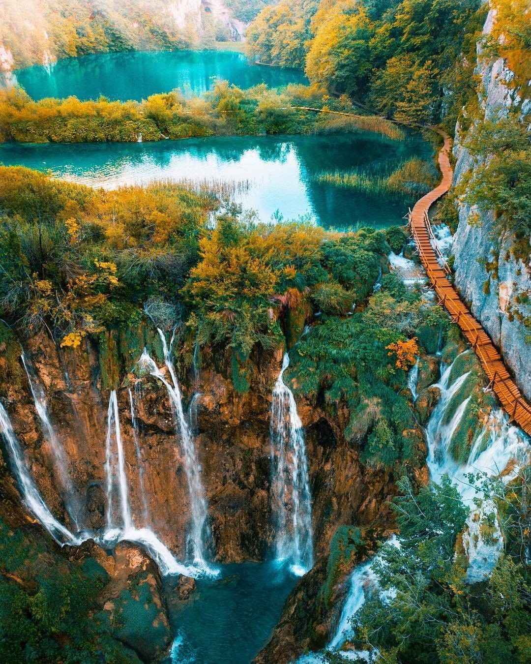 Plitvice, Croatia - Monterrasol private tours to Plitvice, Croatia. Travel agency offers custom private car tours to see Plitvice in Croatia. Order custom private tour to Plitvice with departure date on request.