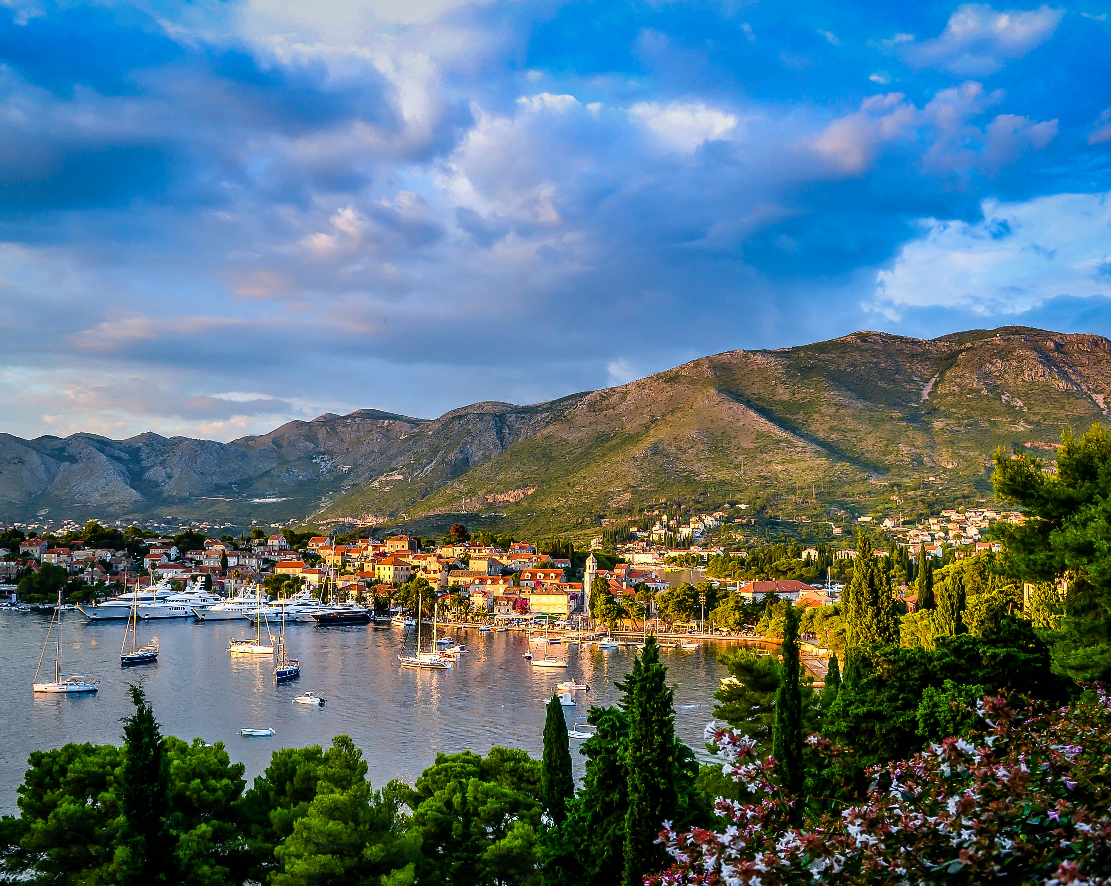 Cavtat, Croatia - Monterrasol private tours to Cavtat, Croatia. Travel agency offers custom private car tours to see Cavtat in Croatia. Order custom private tour to Cavtat with departure date on request.