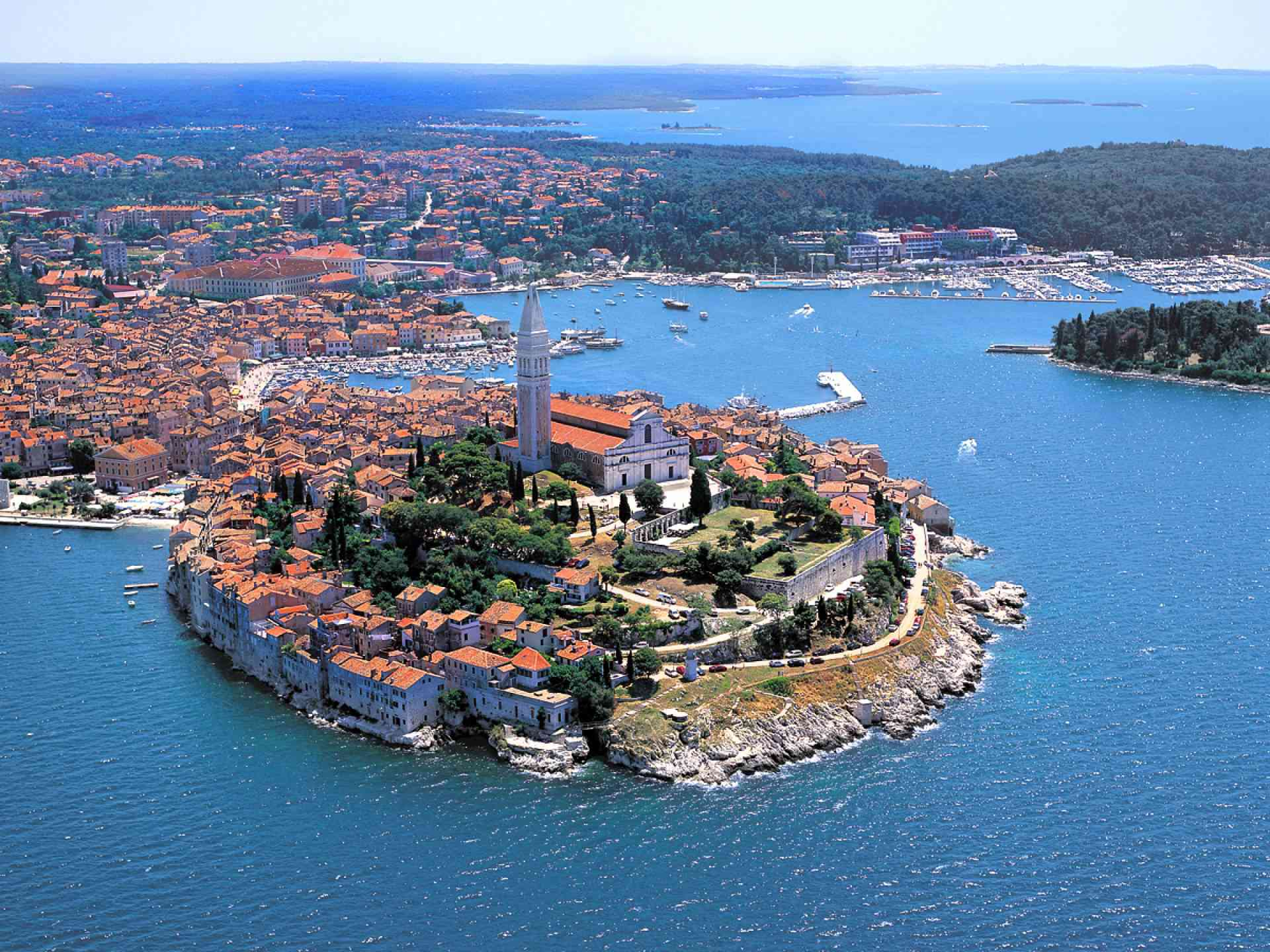 Rovinj, Croatia - Monterrasol private tours to Rovinj, Croatia. Travel agency offers custom private car tours to see Rovinj in Croatia. Order custom private tour to Rovinj with departure date on request.