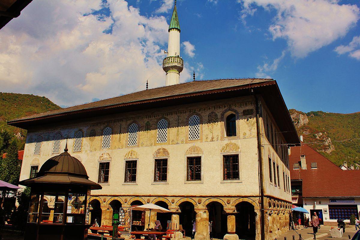 Travnik, Bosnia and Herzegovina - All seasons 4 days Bosnia discovery tour from Makarska. Private tour in minivan from Monterrasol Travel.