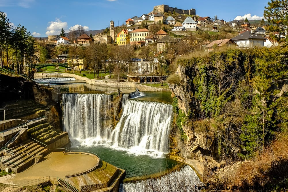 Jajce, Bosnia and Herzegovina - Monterrasol private tours to Jajce, Bosnia and Herzegovina. Travel agency offers custom private car tours to see Jajce in Bosnia and Herzegovina. Order custom private tour to Jajce with departure date on request.
