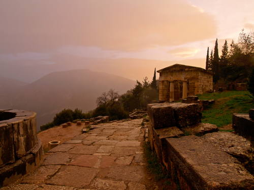 Delphi, Greece - Monterrasol private tours to Delphi, Greece. Travel agency offers custom private car tours to see Delphi in Greece. Order custom private tour to Delphi with departure date on request.