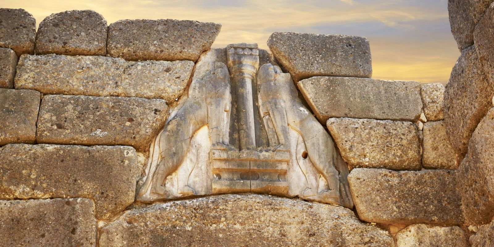 Mycenae, Greece - Monterrasol private tours to Mycenae, Greece. Travel agency offers custom private car tours to see Mycenae in Greece. Order custom private tour to Mycenae with departure date on request.