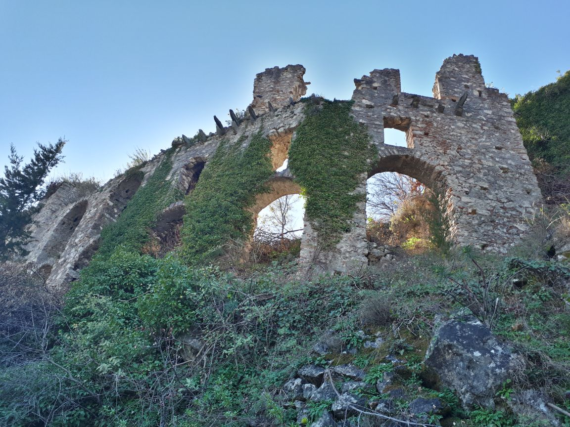 Mystras, Greece - Monterrasol private tours to Mystras, Greece. Travel agency offers custom private car tours to see Mystras in Greece. Order custom private tour to Mystras with departure date on request.