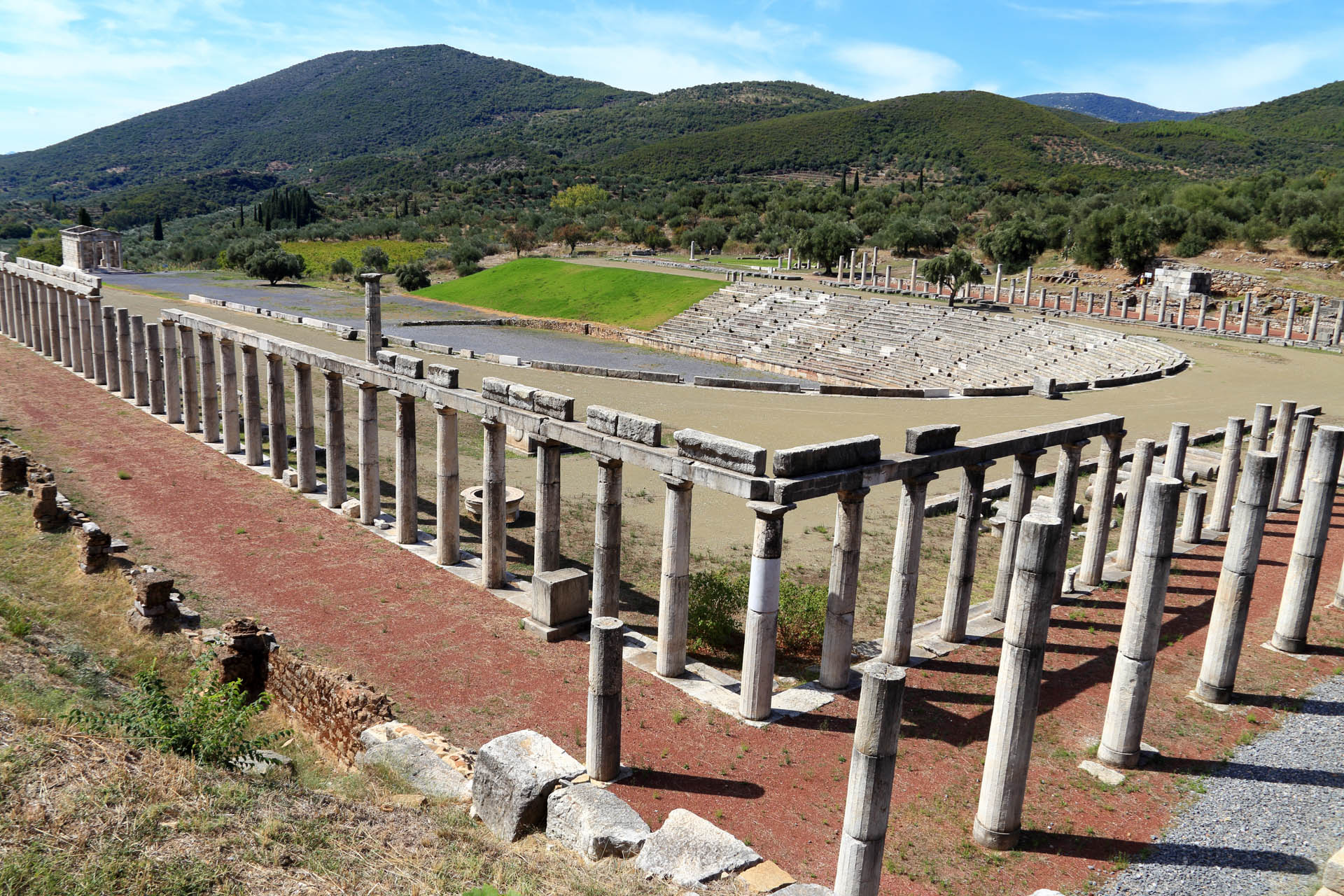 Messene, Greece - Monterrasol private tours to Messene, Greece. Travel agency offers custom private car tours to see Messene in Greece. Order custom private tour to Messene with departure date on request.